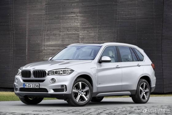 BMW의 플러그인하이브리드 SUV 'X5 xDrive40e'/사진=BMW그룹 코리아