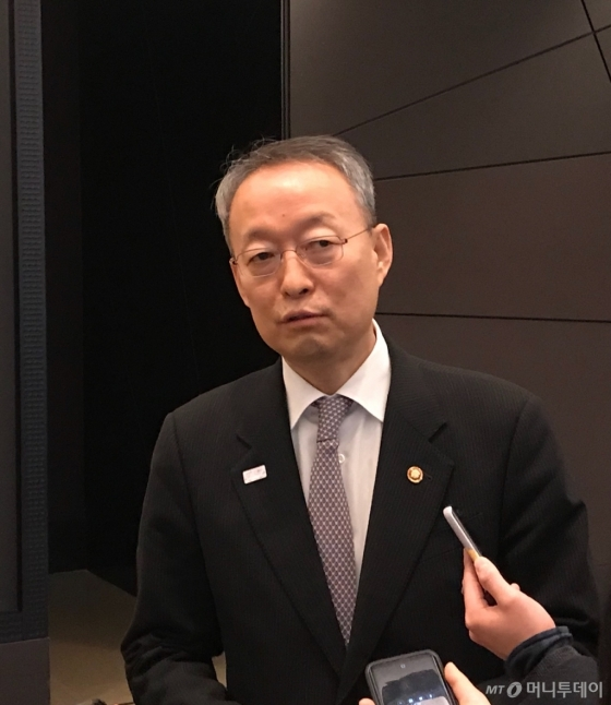 백운규 산업통상자원부 장관/사진=이정혁 기자
