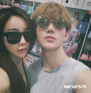 함소원, 18세 연하 중국 SNS 스타와 결혼…