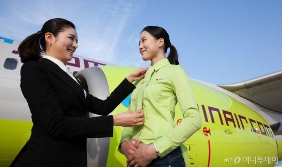 대한항공 저비용항공사(LCC) 진에어가 올 상반기에 신입 객실승무원 120여명을 채용한다./사진제공=진에어