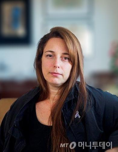 타니아 브루게라/사진제공=Tania Bruguera, portrait photograph. Courtesy of the artist.<br />