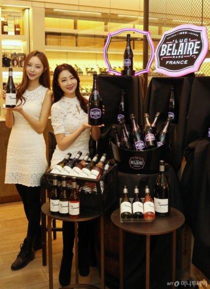 '로맨틱 화이트데이'…男 3월에 와인 많이 샀다