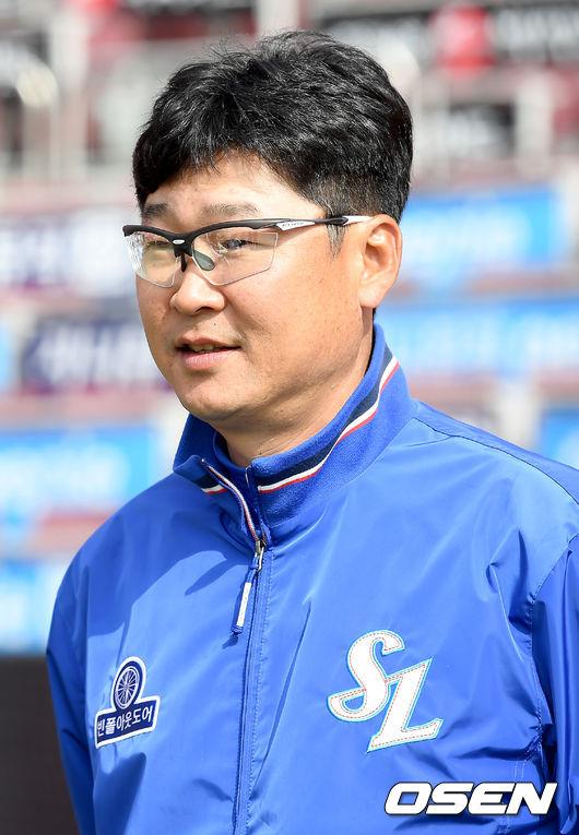 김한수 감독.<br /> <br />
