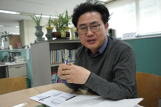 안연근 진학지원센터장(前 전국진학지도협의회 수석대표, 前잠실여자고등학교 진학부장)