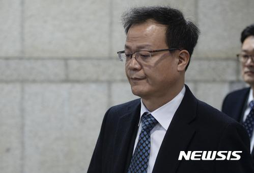 백복인 KT&G 사장 '운명의 날'… 16일 주총서 연임 표대결