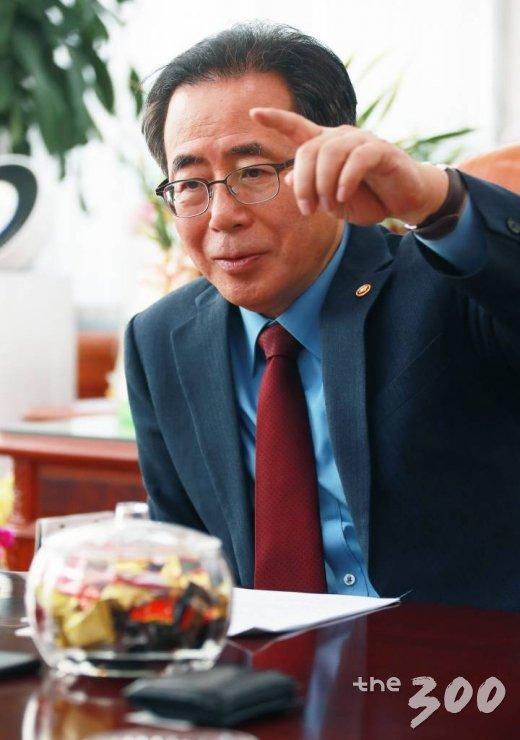 김성곤 국회사무총장/사진= 이동훈