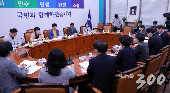 지난해 9월27일 더불어민주당 젠더폭력대책TF 출범식 모습. /사진=뉴스1