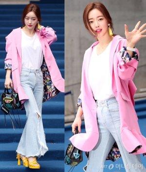 홍수아, 과감하게 찢어진 청바지…'핑크'로 포인트