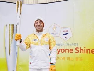 한화건설 이라크 비스마야 현장에서 일하는 오사마 아야드(Osama Ayad Ayed)씨는 지난 1월 2018 평창올림픽 성화봉송 주자로 참여했다.