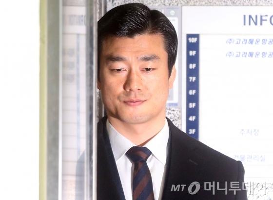朴의 '호위무사'로 불렸던 이영선 전 청와대 행정관.