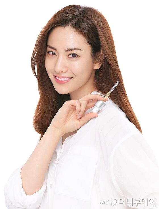 배우 겸 가수 나나/사진제공=에이블씨엔씨