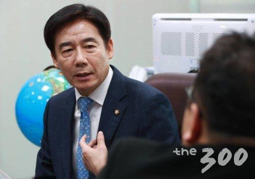 이용호 무소속 의원/사진=이동훈 기자