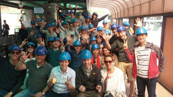 DMZ 관광에 참여한 외국인 관광객들 모습./사진제공=코스모진 여행사