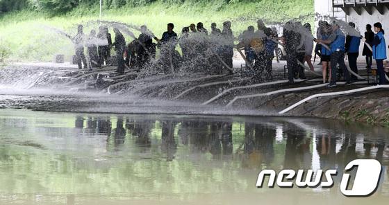 [사진]'여름철 하천 범람 대응 준비해요'