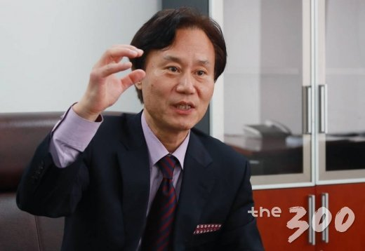 박진 국회미래연구원장