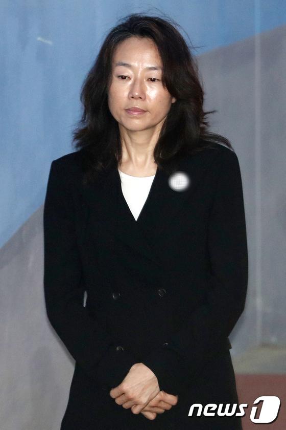 [사진]공판 출석하는 조윤선
