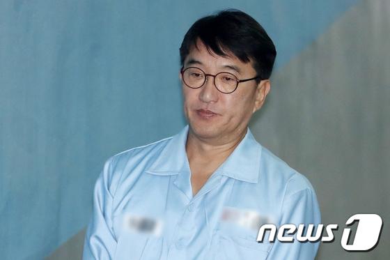 [사진]현기환 전 靑 정무수석, '화이트리스트' 작성 개입했나?