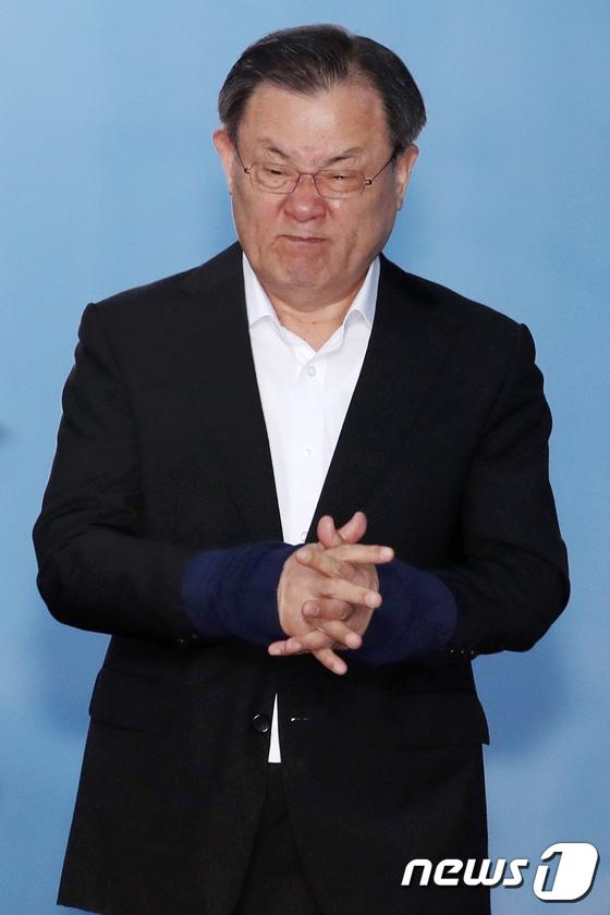 [사진]실형 선고 받은 이병기 전 국정원장