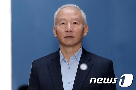 [사진]징역 3년 실형  선고 받은 남재준