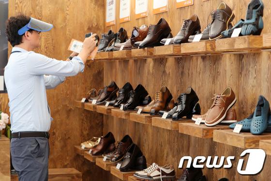 [사진]'장인들의 수제화를 한 자리에서'