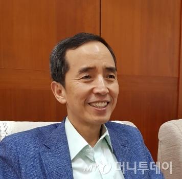 최홍엽 조선대 법과대 교수/사진제공=최홍엽 교수
