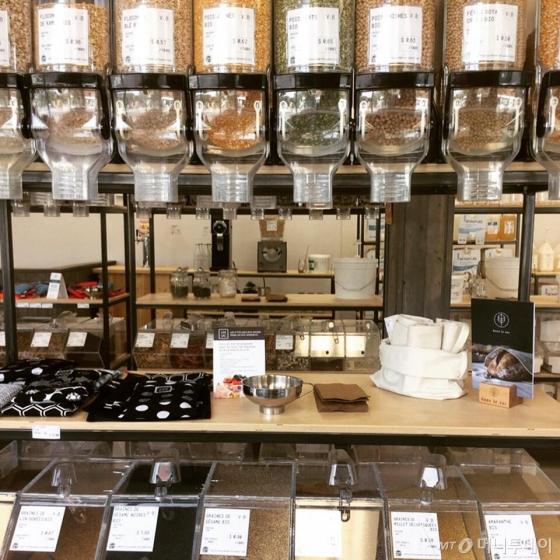 미국 뉴욕의 플라스틱 제로 슈퍼마켓인 '더필러리' 매장 모습. /사진=더필러리 홈페이지.