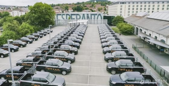 쌍용차가 지난달 18일 독일 프랑크푸르트 북동쪽에 있는 풀다에서 현지 대리점 및 판매점 관계자 등 120여명 참석한 가운데 진행한 론칭 행사장 전경./사진제공=쌍용차