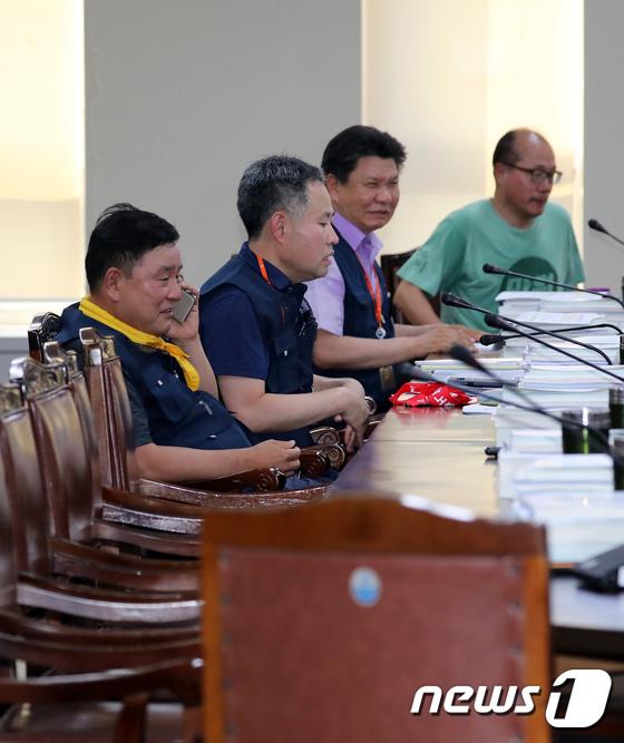 [사진]최저임금위원회 오후 회의 참석한 근로자위원