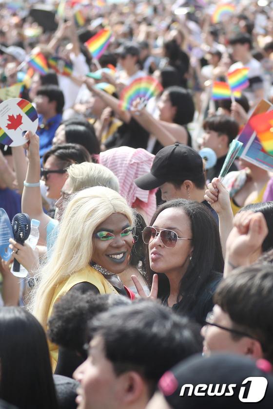 [사진]서울퀴어문화축제 '누구라도 차별 없이'
