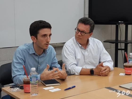 알렉시오스 만찰리스 IFCN 디렉터(왼쪽)과 빌 아데어 듀크대 교수(오른쪽)/사진=김희량 인턴기자