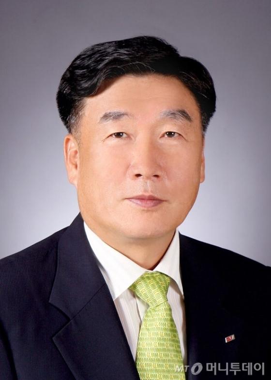 박승대 포항문화원장.