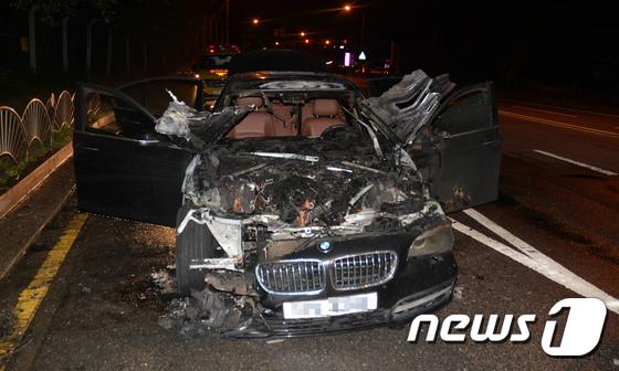 [사진]'화차(火車) 포비아'...BMW 520d 또 화재