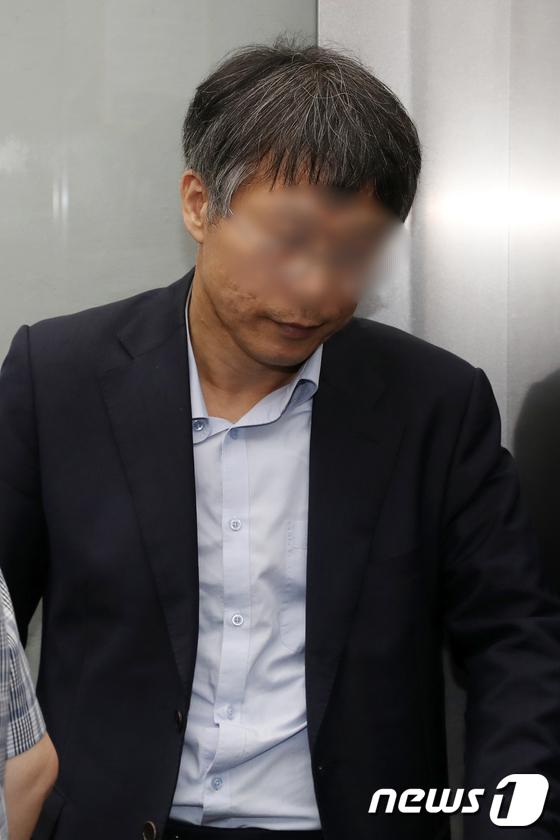 [사진]'드루킹' 최측근 윤 모 변호사, 특검 출석