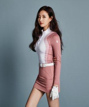 김사랑, 2018 가을 화보 공개…슬림핏 '과시'