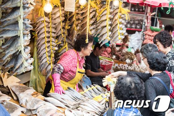 [사진]추석 대목 맞은 전통시장
