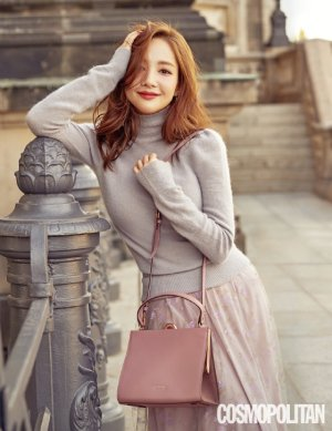 박민영 베를린 화보, 사랑스러운 분위기…