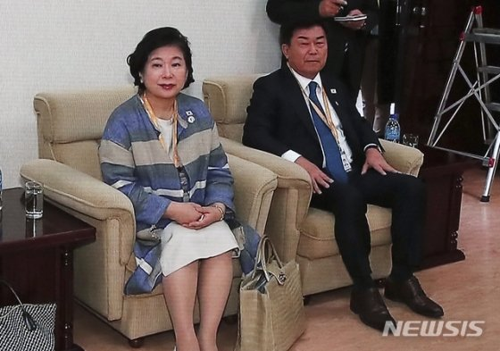 [2018평양]'디카왕' 최태원 회장, 그 사진 좀 보여주세요