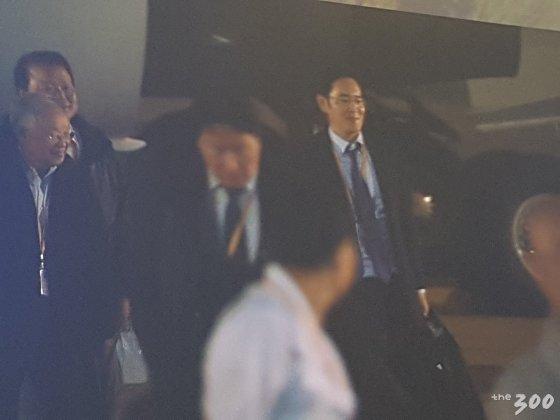 """'젠틀맨' 이재용 """"가방은 제가…"""""""