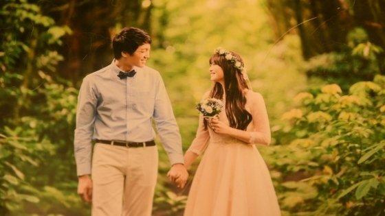 박은지씨(오른쪽)의 웨딩사진./사진 제공=박은지씨