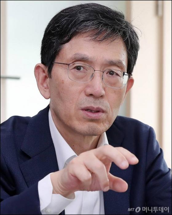 성경륭 경제인문사회연구회 이사장 인터뷰