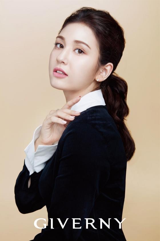 가수 전소미/사진제공=㈜비앤에이치코스메틱