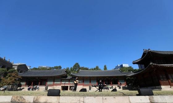 지난 12일 서울 중구 덕수궁에서 정오 음악회가 열리고 있다. /사진=뉴시스