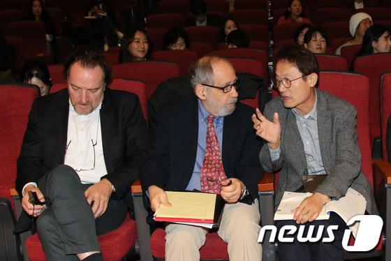 [사진]서울국제교육포럼 참석한 조희연 교육감