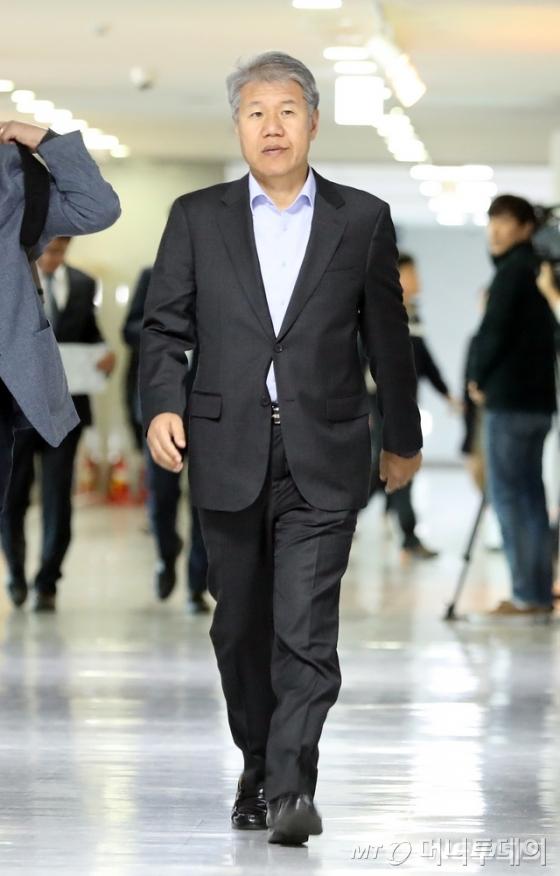김수현 신임 대통령비서실 정책실장. <br />