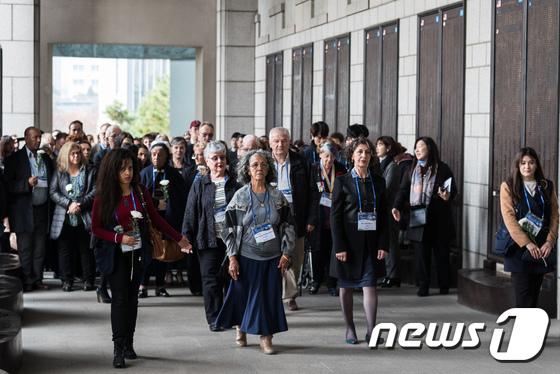 [사진]6·25전쟁 유엔군 참전용사와 유가족 전쟁기념관 방문