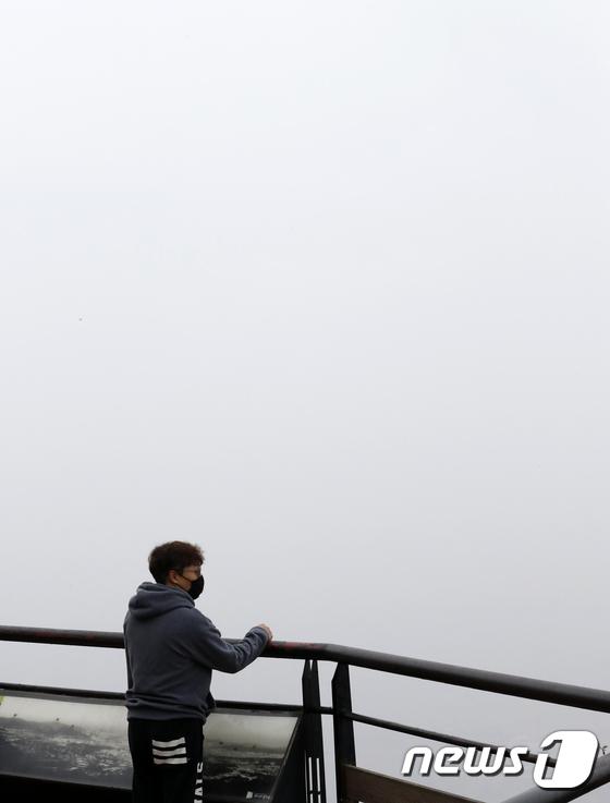 [사진]'미세먼지 때문에 앞이 안보여'