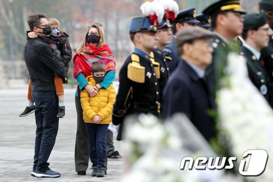 [사진]'미세먼지, 마스크 착용은 필수'