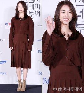 이연희, 우아한 버건디 패션…앞트임 치마 '깜짝'