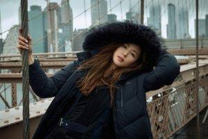 올겨울 네파의 트렌드 키워드 …'어반컬러', '롱롱패딩'