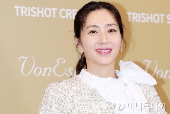 배우 송윤아/사진=김휘선 기자